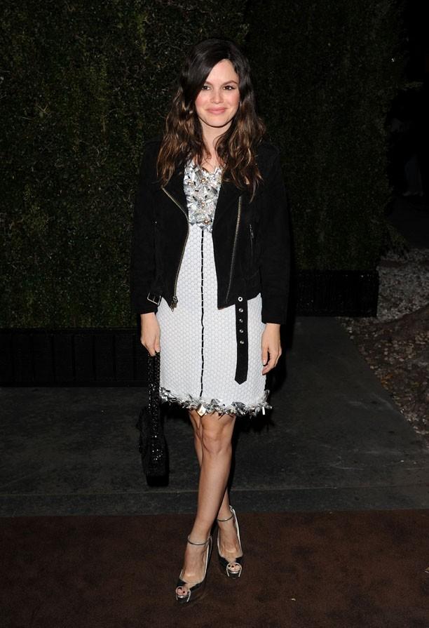 Rachel Bilson a mélangé le tweed et le cuir...