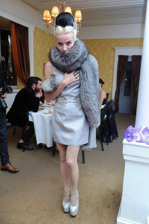 Daphne Guinness lors du dîner Versace Eyewear à Paris, le 23 janvier 2012.