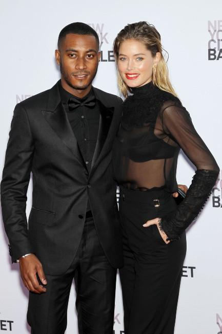 Doutzen Kroes et son mari Sunnery James lors du gala du New York City Ballet, le 19 septembre 2013.