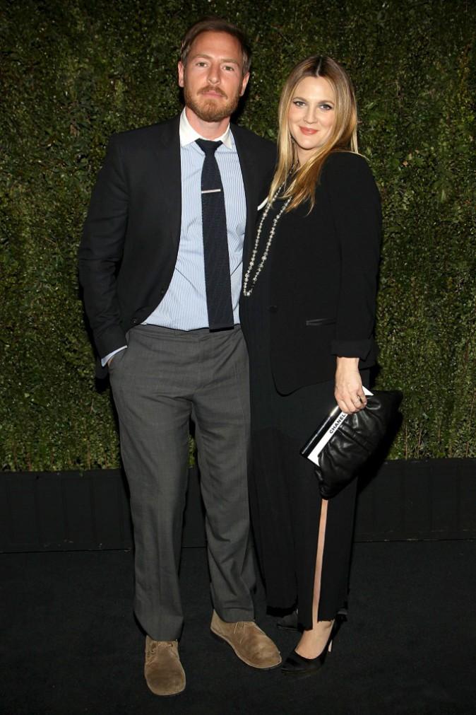 """Drew Barrymore et son mari Will Kopelman lors du lancement de son livre """"Find It In Everything"""" à Los Angeles, le 14 janvier 2014."""