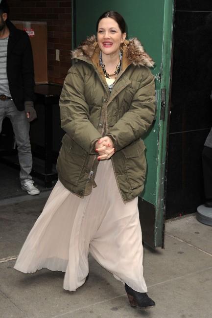 Drew Barrymore le 21 janvier 2013 sur le plateau de Good Morning America à New York