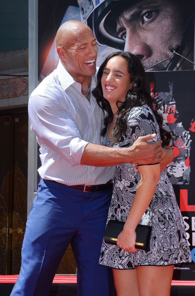 Dwayne Johnson et sa fille Simone à Hollywood le 19 mai 2015