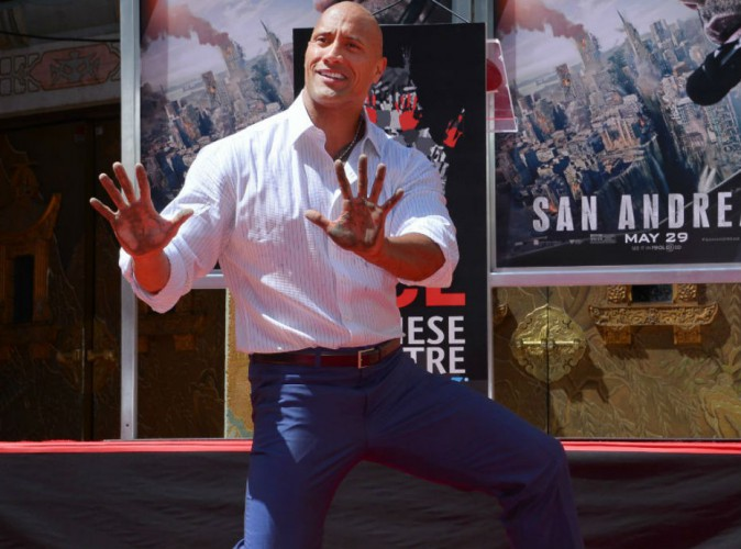 Dwayne Johnson : The Rock laisse ses empreintes à Hollywood !