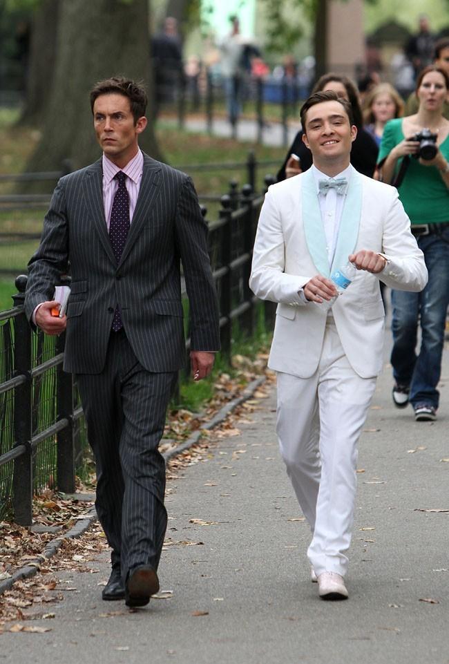 Ed Westwick sur le tournage de Gossip Girl à New-York le 15 octobre 2012