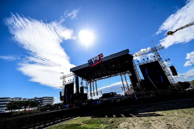 Photos : Electrobeach : Martin Solveig, Tiesto, Martin Garrix... Une ouverture en grande pompe !