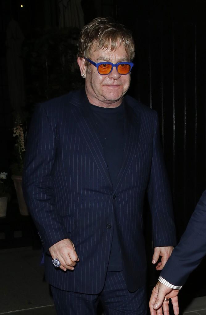 Reginald Kenneth Dwight alias Elton John