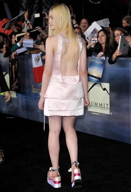 Elle Fanning le 12 novembre 2012 à Los Angeles