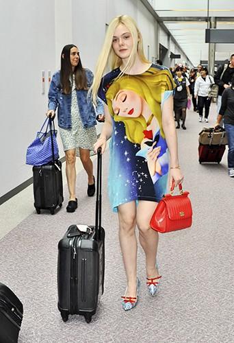 Elle Fanning à Tokyo le 21 juin 2014