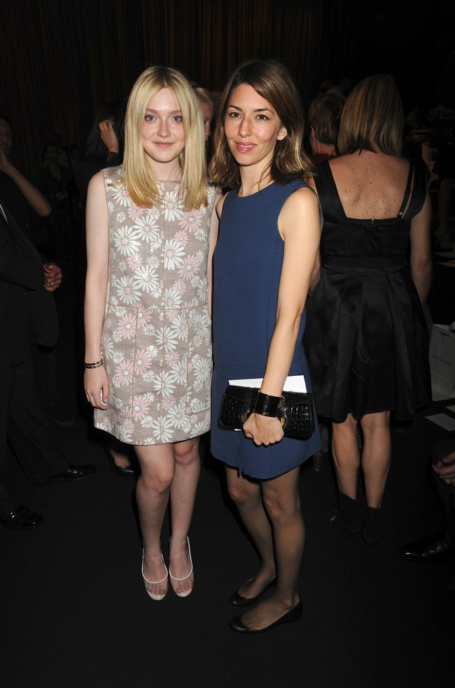 La réalisatrice Sofia Coppola et Dakota Fanning au défilé Marc Jacobs !