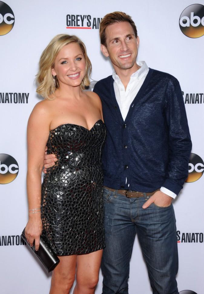 Jessica Capshaw fêtant le 200ème épisode de Grey's Anatomy à Hollywood le 28 septembre 2013
