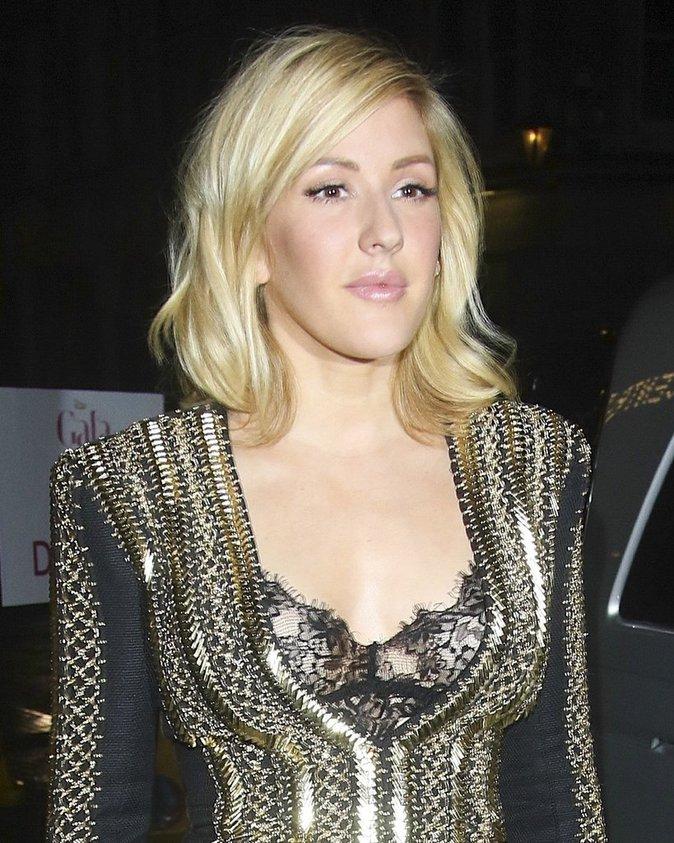 Photos : Ellie Goulding : mini-robe et strass pour la chanteuse