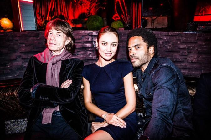 Mick Jagger, Olga Kurylenko et Lenny Kravitz à l'Arc Paris, le 2 octobre 2014.