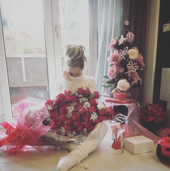 Photos : Emilie Nef Naf : sexy et gâtée pour ses 28 ans !