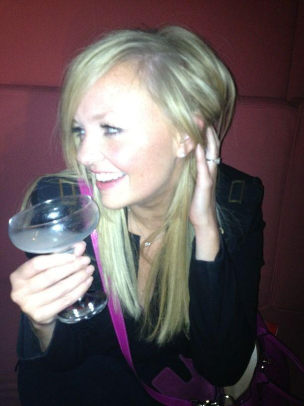 Attention Emma, ne bois pas trop...