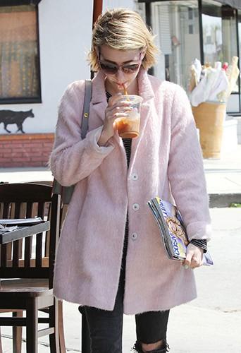 Emma Roberts à Los Angeles le 1er avril 2014