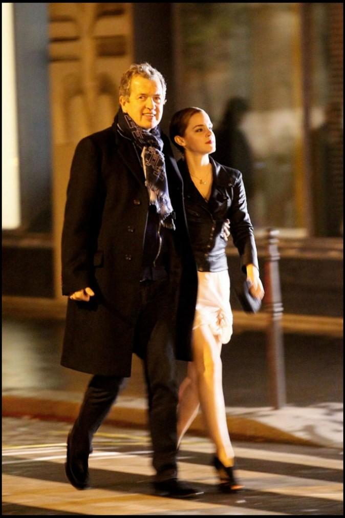 Emma Watson et Mario Testino sur le tournage de la nouvelle campagne de pub Lancôme à Paris, le 14 mars 2011.
