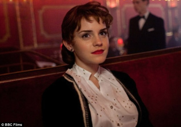 Emma Watson dans les nouvelles photos du film My Week with Marilyn.