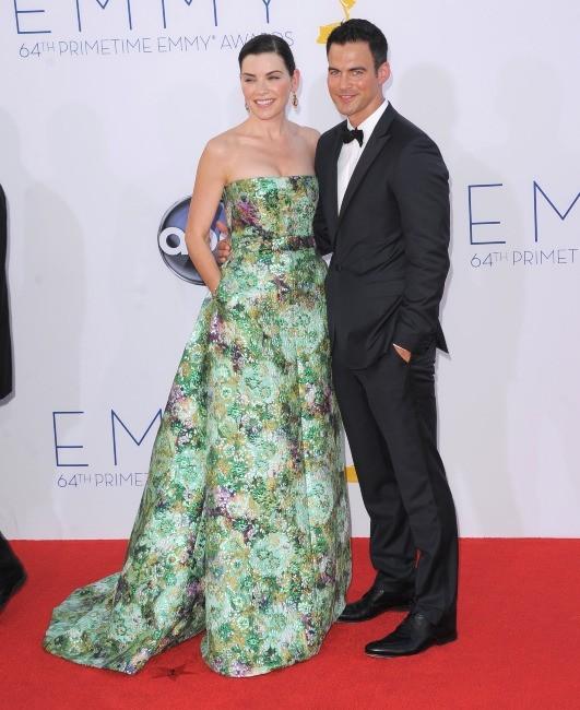 Julianna Margulies et Keith Lieberthal lors des Emmy Awards à Los Angeles, le 23 septembre 2012.