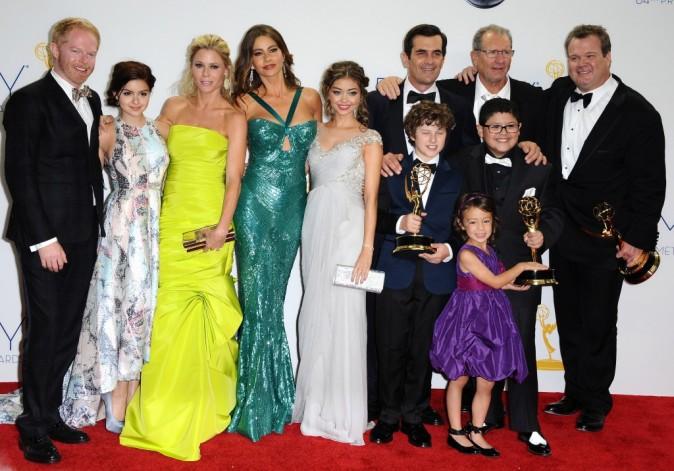 """Le casting de la série """"Modern Family"""" lors de la 64e cérémonie des Emmy Awards à Los Angeles, le 23 septembre 2012."""