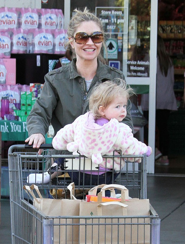 Eric Dane et Rebecca Gayheart font leurs courses en famille à Los Angeles