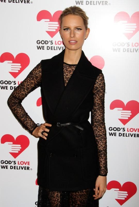"Karolina Kurkova lors de la soirée ""God's Love We Deliver Golden Heart Awards Celebration"" à New York, le 15 octobre 2012."
