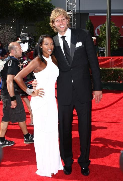 Dirk Nowitzki et sa compagne lors de la cérémonie des ESPY Awards à Los Angeles, le 13 juillet 2011.