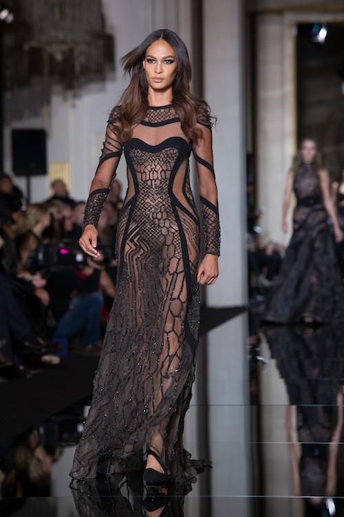Joan Smalls au défilé Haute Couture Versace, le 25 janvier 2015