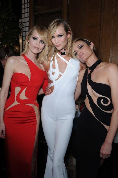 Photos : Eva Herzigova, Karlie Kloss, Amber Valletta, Jourdan Dunn... : lâché de bombes toutes générations confondues chez Versace !