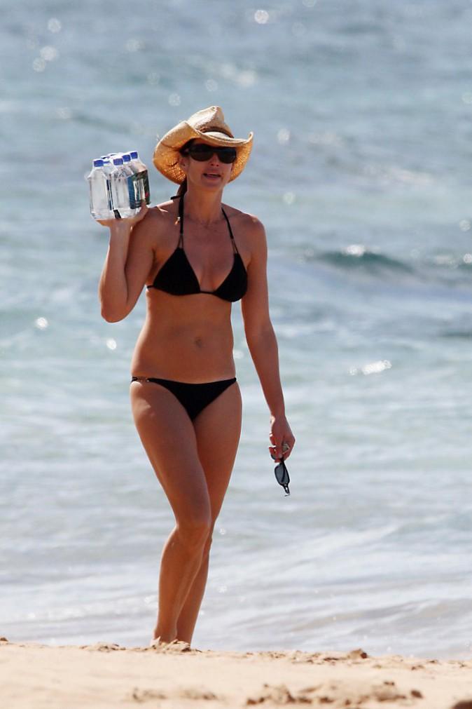 Cindy Crawford, 40 ans passés et toujours sexy en bikini !