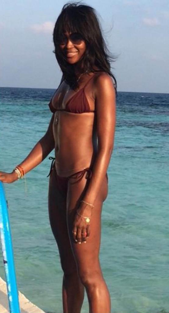 Naomi Campbell, 40 ans passés et sexy en bikini !