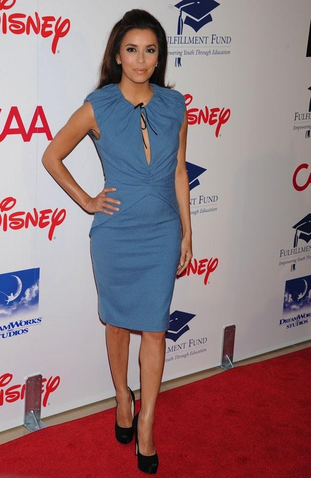 Eva Longoria pas vraiment à son avantage dans cette robe !