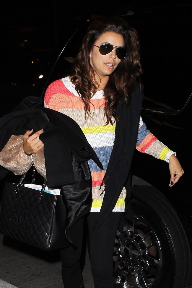 Eva Longoria à l'aéroport de Los Angeles le 4 avril 2013