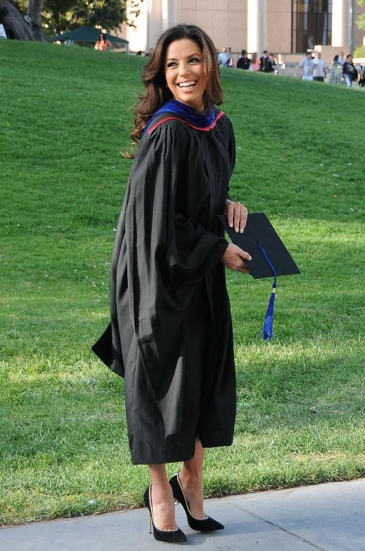 Eva Longoria est diplômée d'un Master en Chicano Studies !