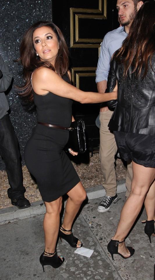 Eva Longoria de sortie avec des amis à Los Angeles le 17 mars 2013