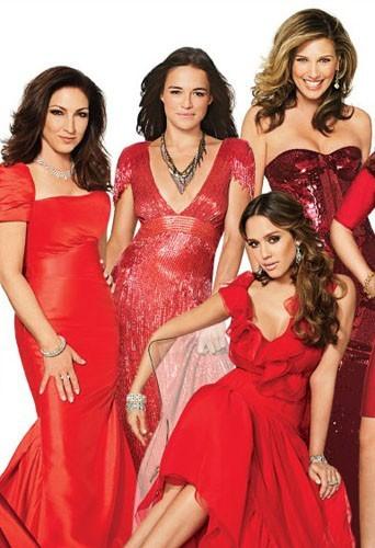 Gloria Estefan, Michelle Rodriguez, Jessica Alba, et Daisy Fuentes en couverture de Latina Magazine.