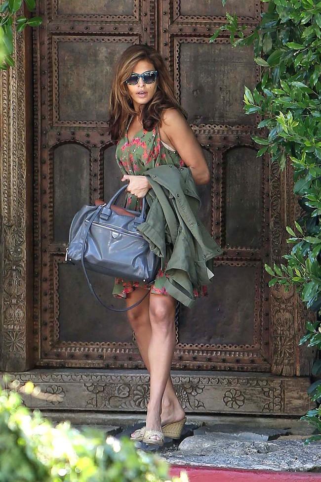 Eva Mendes le 8 août 2012 à Los Angeles