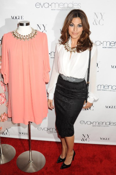 Eva Mendes lors du lancement de sa collection mode à New York, le 18 septembre 2013.