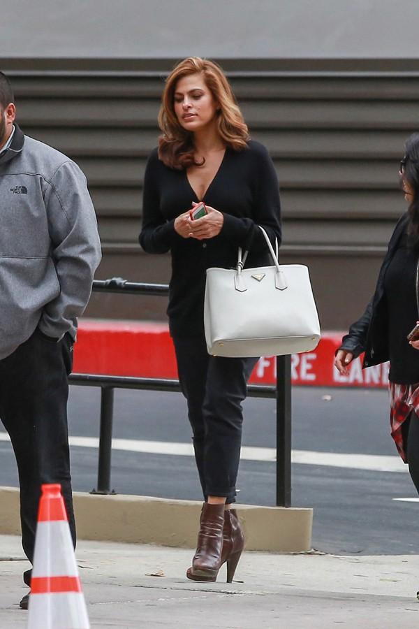 Eva Mendes à Los Angeles le 2 novembre 2014