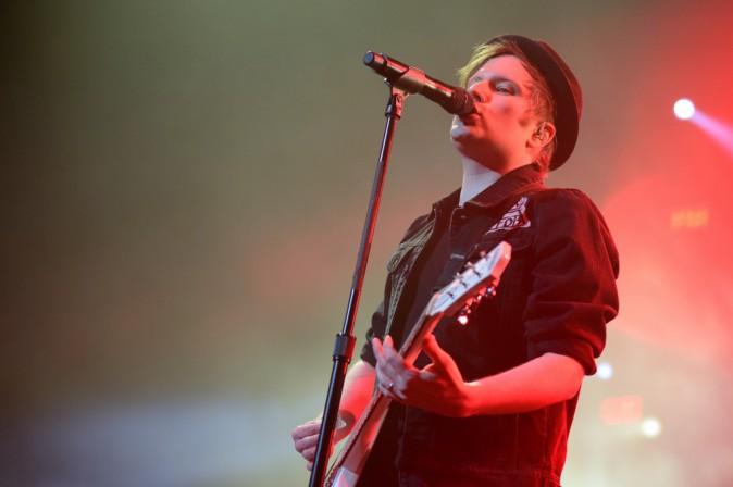 Patrick Stump en concert avec les Fall Out Boy au Zénith de Paris, le 12 mars 2014.