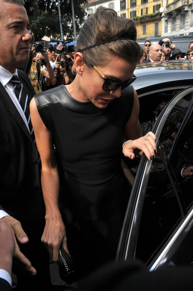 Kate Moss et Charlotte Casiraghi arrivent au défilé Gucci à la Fashion Week de Milan