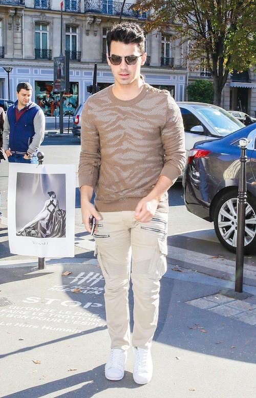 Joe Jonas au défilé Balmain prientemps-été 2016, le 1er octobre 2015