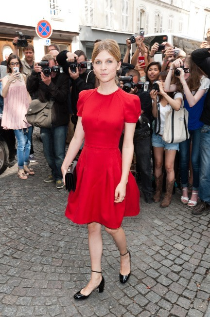 Clémence Poésy lors du défilé Valentino à Paris, le 4 juillet 2012.