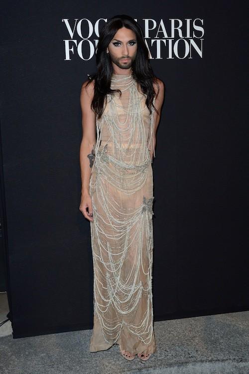 Photos Fashion Week Hc Conchita Wurst Au Centre De L Attention La Diva Resplendit