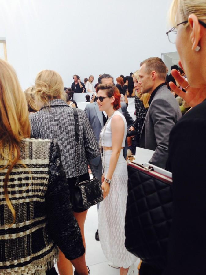 Kristen Stewart au défilé Chanel à Paris, le 8 juillet 2014