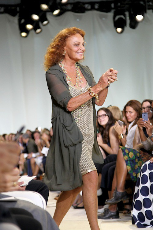 DVF au défilé Diane Von Fürstenberg printemps-été 2016 à New York, le 13 septembre 2015