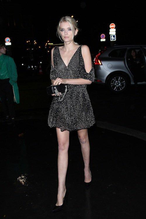 Lily Donaldson au défilé Saint Laurent à Paris, le 5 octobre 2015