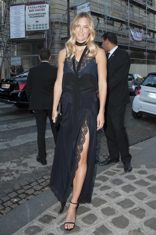 Bar Refaeli à la soirée Vogue pendant la Fashion Week Haute Couture de Paris, le 6 juillet 2015