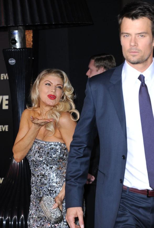 Fergie aussi lui fait des bisous !