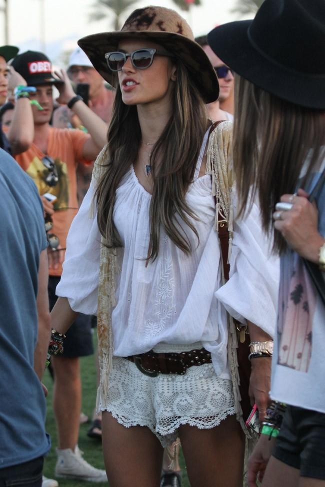 Alessandra Ambrosio au Festival de Coachella le 12 avril 2013
