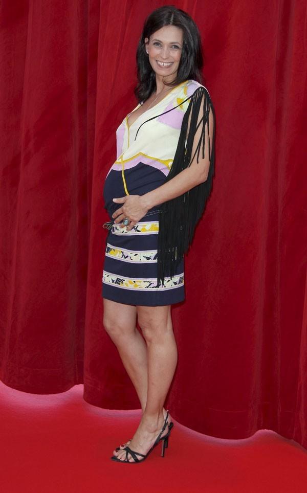 Tellement heureuse d'être à nouveau enceinte !